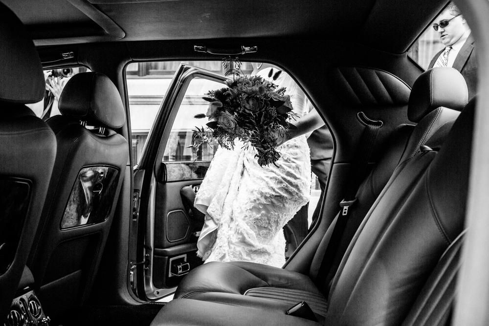 grain_exchange_wedding_milwaukee_photographers-026.jpg