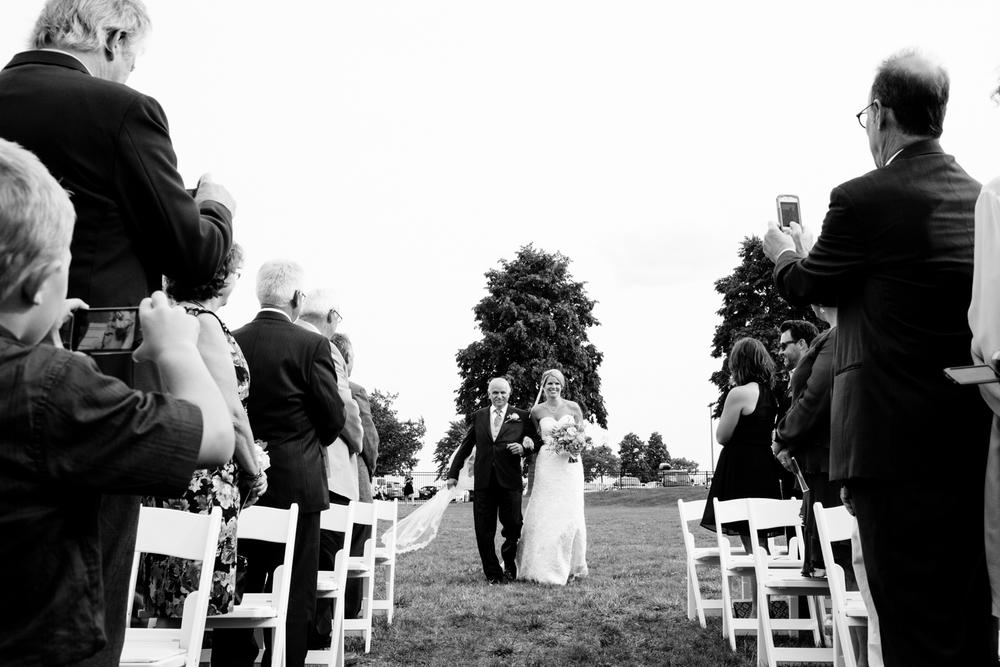 grain_exchange_wedding_milwaukee_photographers-037.jpg