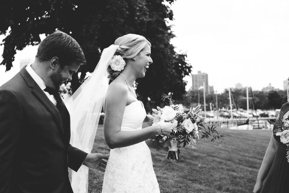 grain_exchange_wedding_milwaukee_photographers-047.jpg