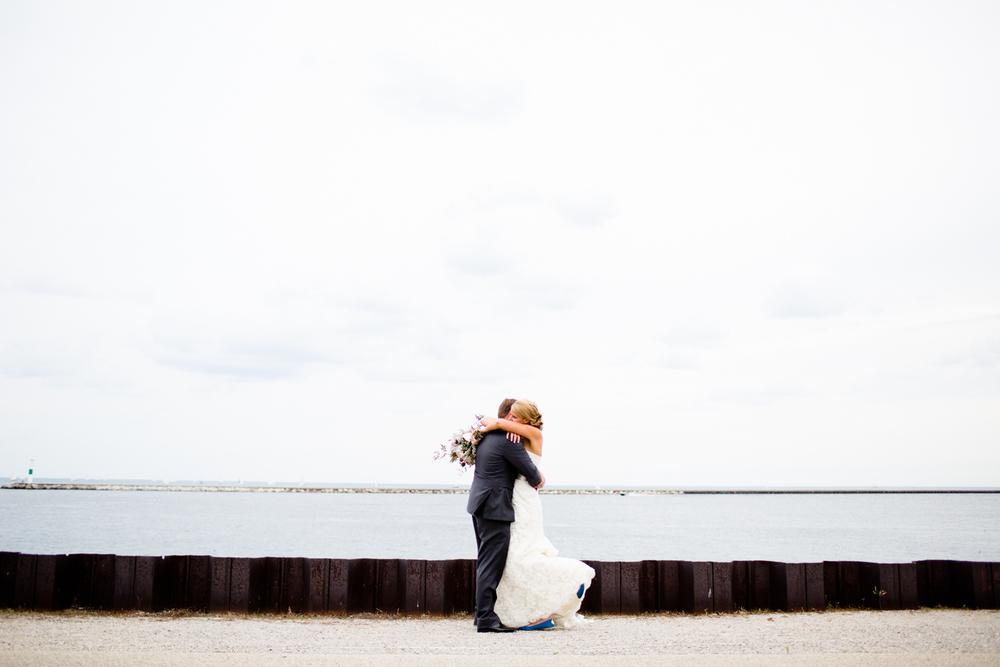 grain_exchange_wedding_milwaukee_photographers-057.jpg