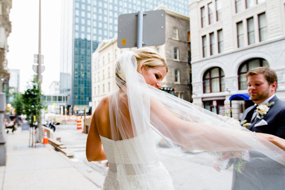 grain_exchange_wedding_milwaukee_photographers-070.jpg