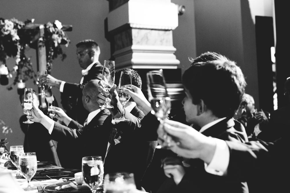 grain_exchange_wedding_milwaukee_photographers-081.jpg