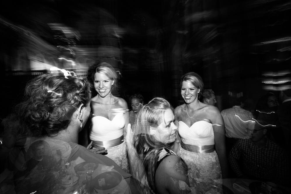 grain_exchange_wedding_milwaukee_photographers-085.jpg