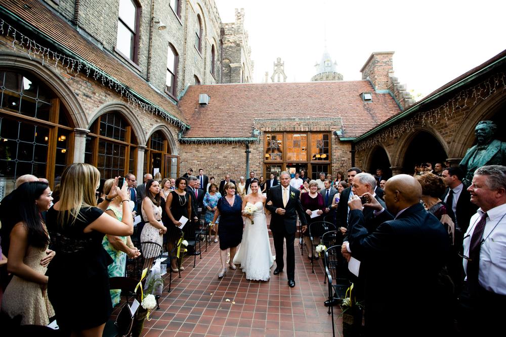 best_place_wedding_milwaukee_wisconsin_wedding_photography-044.jpg