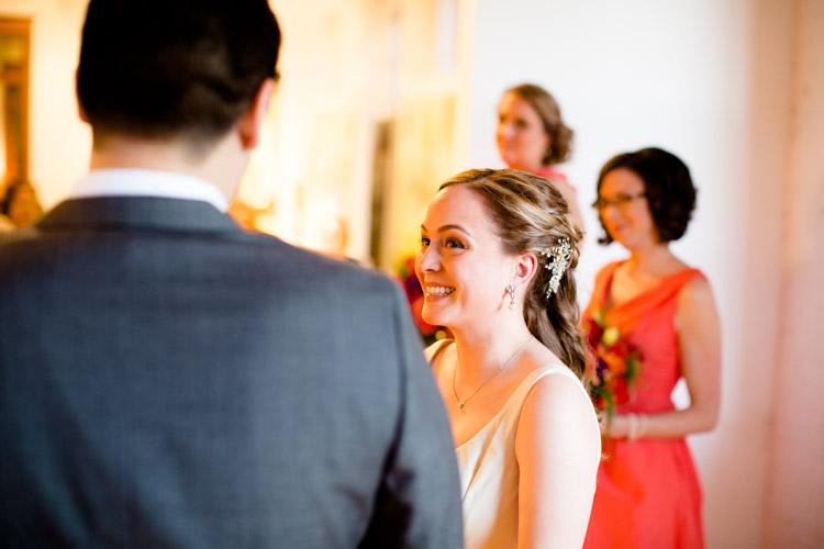 chicago_wedding_photography_at_gruen_gallery-047.jpg