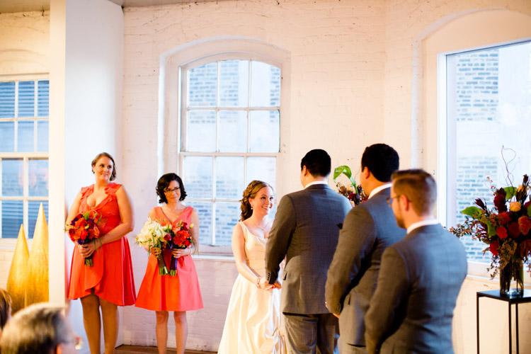 chicago_wedding_photography_at_gruen_gallery-051.jpg