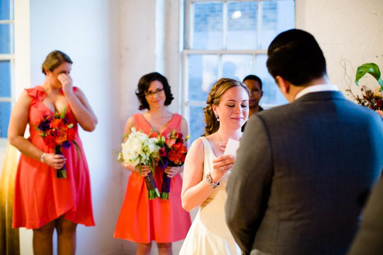 chicago_wedding_photography_at_gruen_gallery-053.jpg