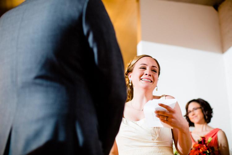 chicago_wedding_photography_at_gruen_gallery-055.jpg