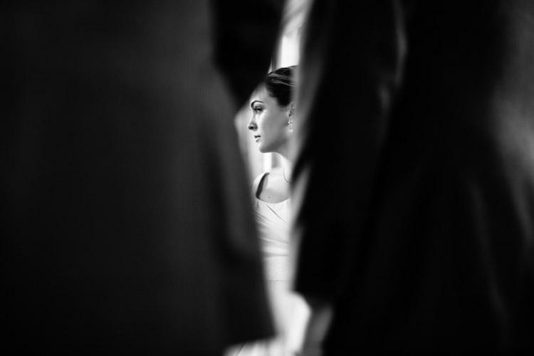 chicago_wedding_photography_at_gruen_gallery-059.jpg