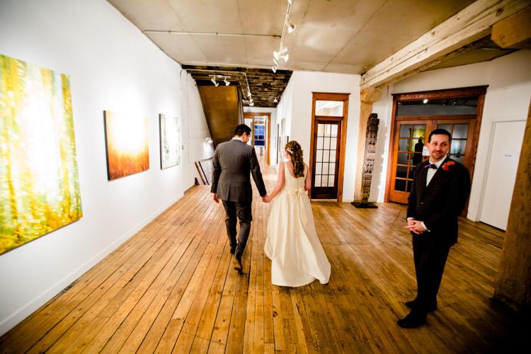chicago_wedding_photography_at_gruen_gallery-064.jpg