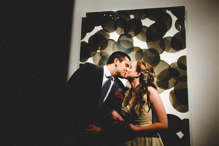 chicago_wedding_photography_at_gruen_gallery-070.jpg