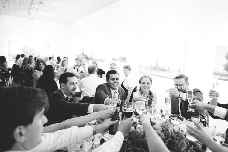 chicago_wedding_photography_at_gruen_gallery-097.jpg