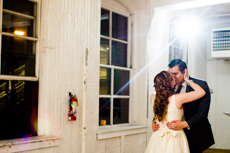 chicago_wedding_photography_at_gruen_gallery-117.jpg