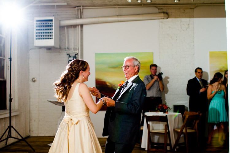 chicago_wedding_photography_at_gruen_gallery-118.jpg