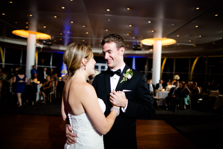 pier_wisconsin_wedding_john_megan-075.jpg