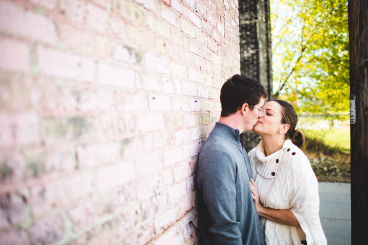 milwaukee_engagement_session_nl-011.jpg
