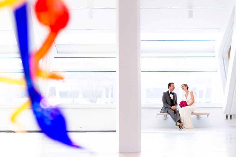 milwaukee_art_museum_wedding_ja-033.jpg