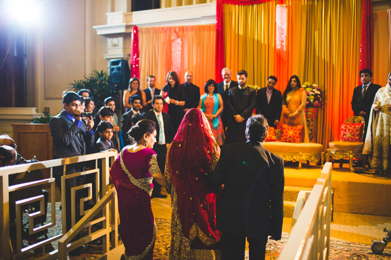pakistani-wedding-photographers-chicago-milwaukee-zn-087.jpg