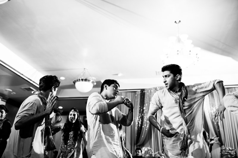 pakistani-wedding-photographers-chicago-milwaukee-zn-210.jpg
