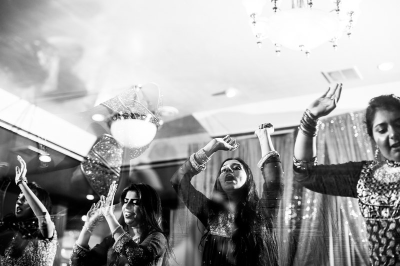 pakistani-wedding-photographers-chicago-milwaukee-zn-216.jpg
