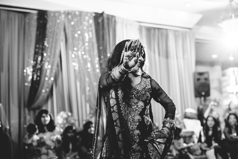 pakistani-wedding-photographers-chicago-milwaukee-zn-220.jpg