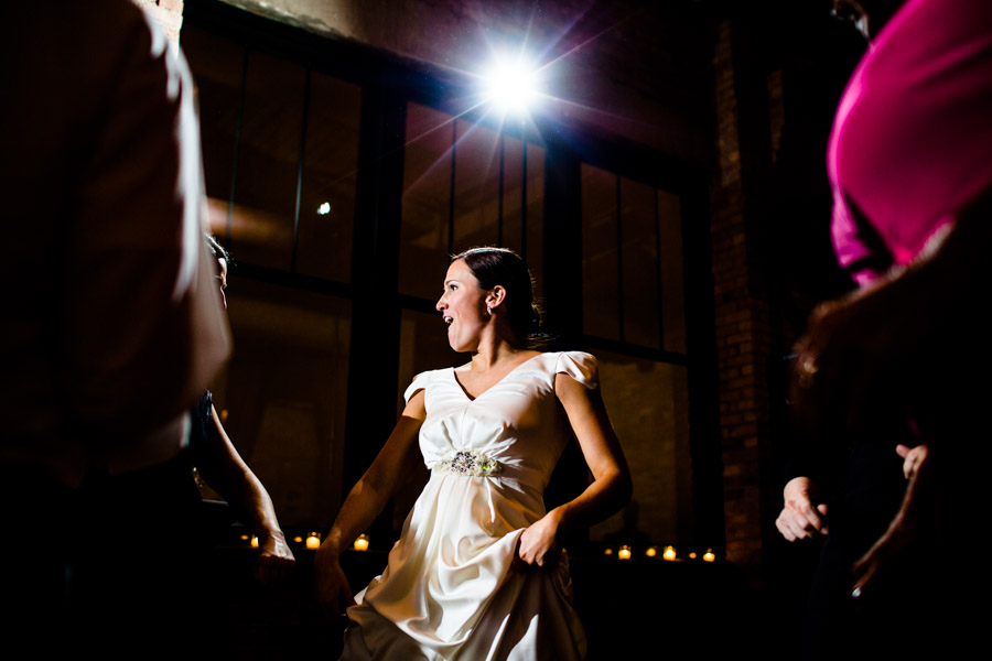 skyline-loft-wedding-photography-chicago-0127.jpg