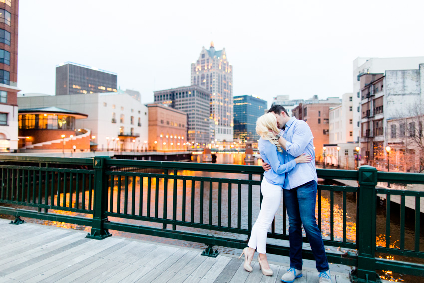 milwaukee-engagement-session-0032.jpg
