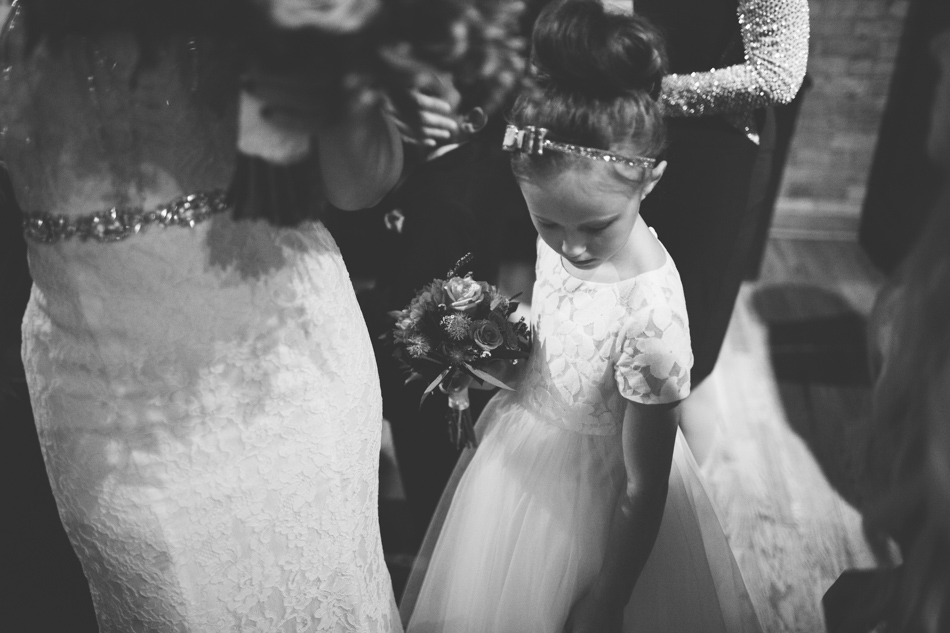 unique-documentary-wedding-photography-0023.jpg