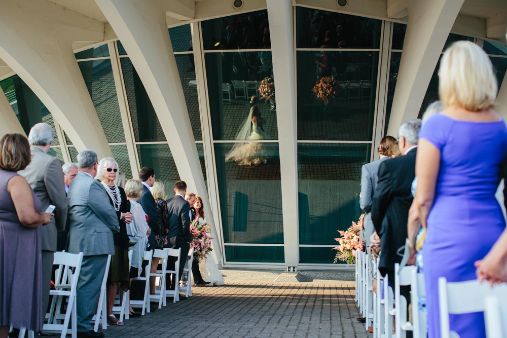 milwaukee-art-museum-wedding-dk-29.jpg