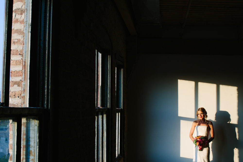 eg_chicago-wedding-photography-lacuna-artist-lofts-034.jpg