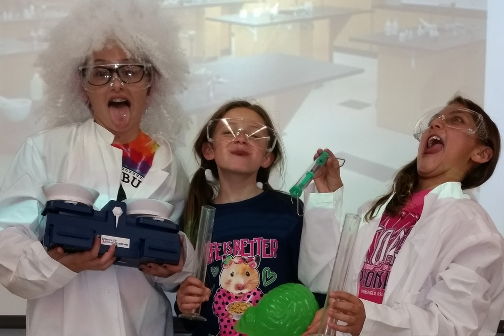 "g4g Day@New York 2014 – Launch with ""Trick-or-treat for Science""!- The mad scientists"