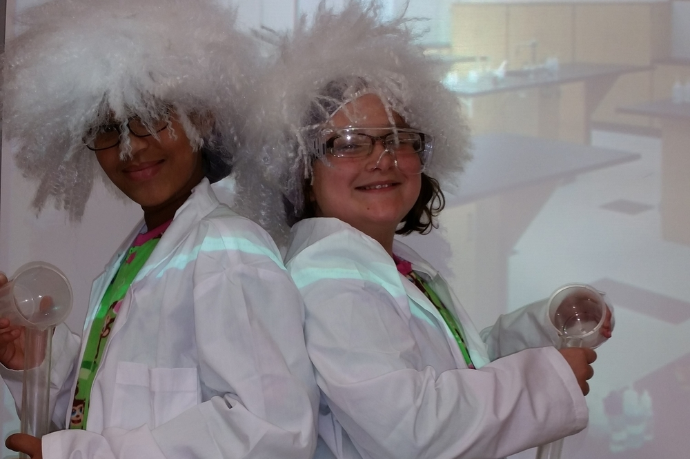 "g4g Day@New York 2014 – Launch with ""Trick-or-treat for Science""!- More crazy scientists!"