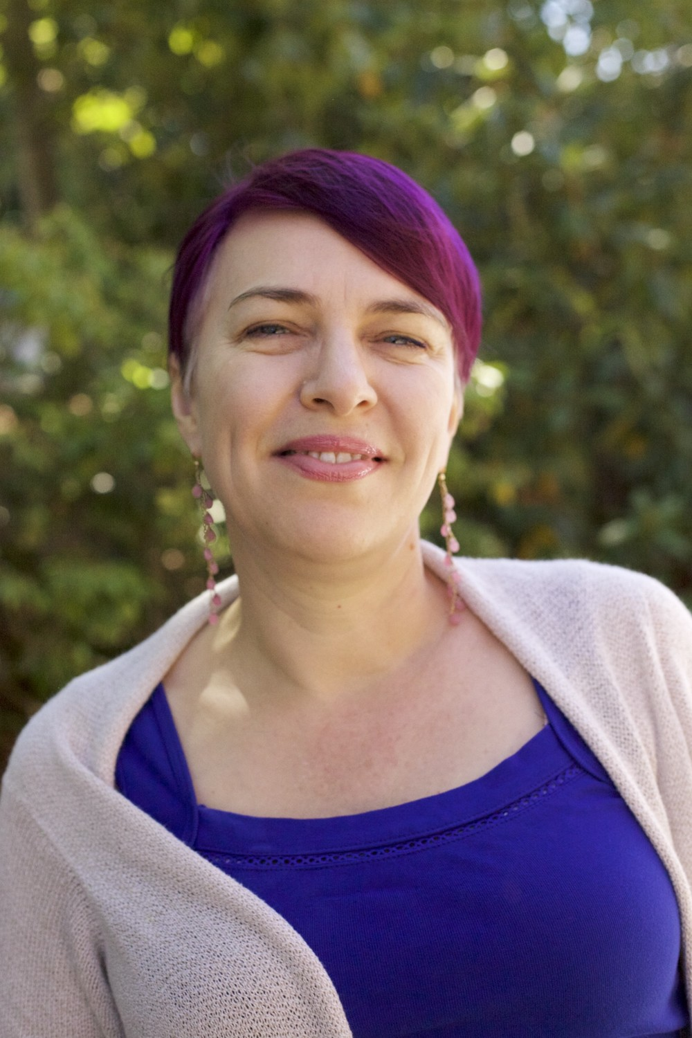 Sierra Sanchez, MA, LMFT, therapist    ∙ Adults (Ages 20 and up) ∙ Codependency   ∙  Trauma  ∙  Relationships  ∙  LGBTQ ,  Sexuality  &  Gender identity  ∙  Holistic Approach to Healing  ∙  Spirituality and Issues of Faith  ∙  Boundary Setting  ∙  Anxiety & Depression  ∙  Men's & Women's Issues  ∙  Recovery and Addiction  ∙  Adult Children of Alcoholics