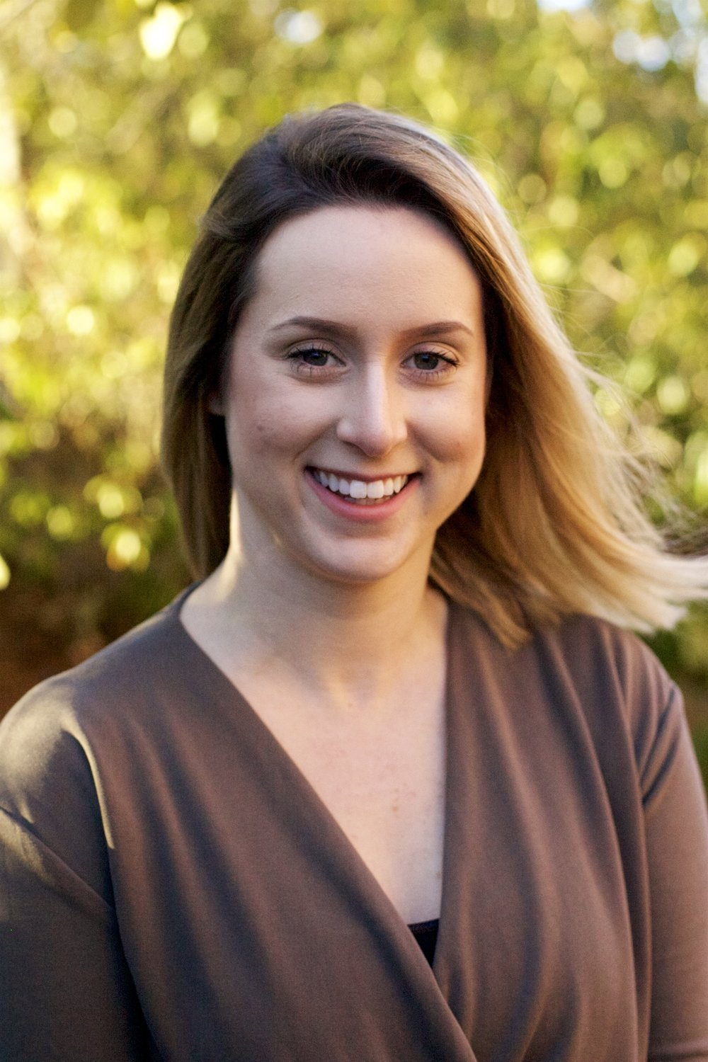 Kellyn McCullough, MA, LMFT, therapist    ∙  Adults and Adolescents (12+)  ∙  Couples  ∙  Families  ∙  Depression  ∙ EMDR   ∙  Anxiety  ∙  Trauma  ∙ Eating Disorders ∙ LGBTQ ∙ Emerging Adults ∙ Self-image/ Self-Esteem   ∙ Work Stress   ∙ Co-occurring disorders   ∙ Adjustment Issues/Life Transitions   ∙ Self Harm