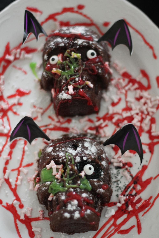 Mini Skull Cakes