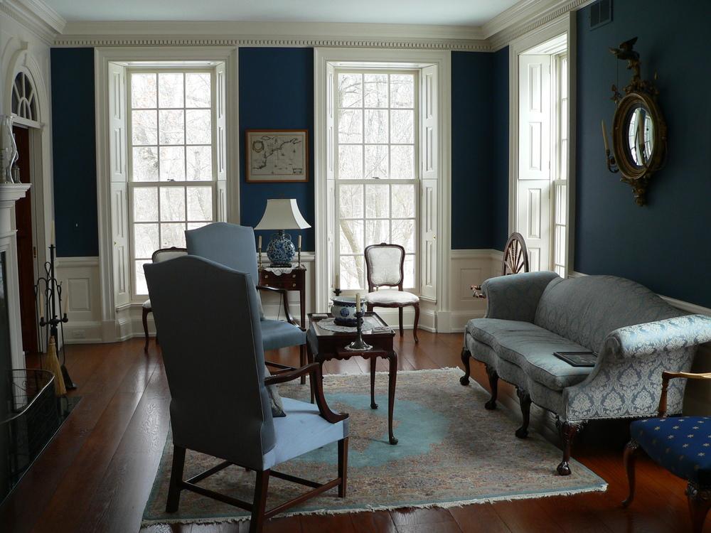 11 Schreiner Living Room.JPG