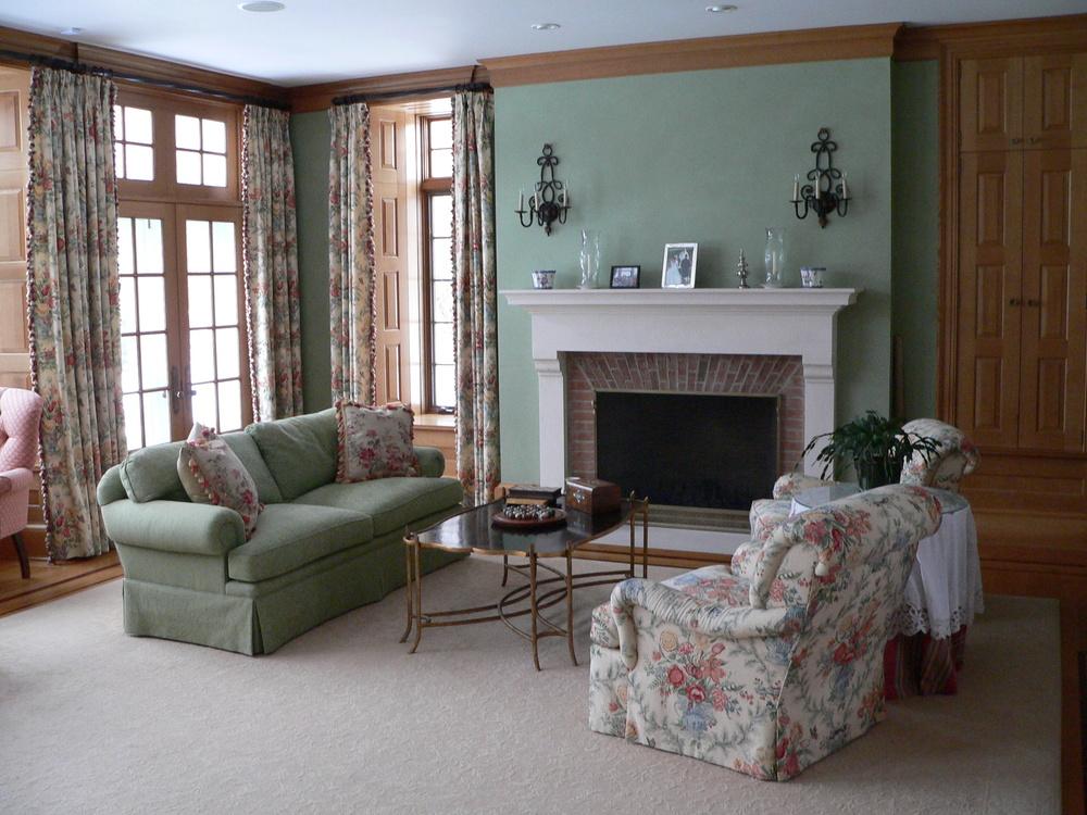 8 Stoettner Living Room.JPG