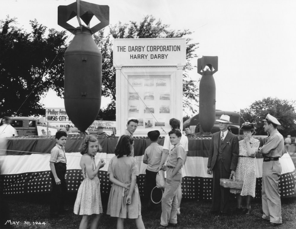Wilborn Collection Darby Corporation bomb making display at Unionn Station May 30, 1944  15164-6.jpg