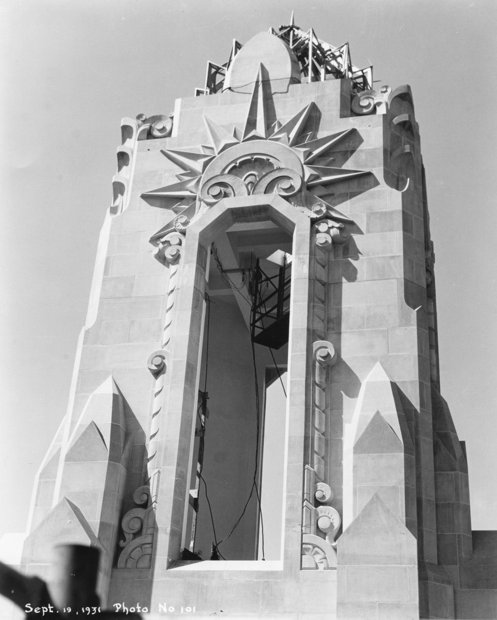 Wilborn Collection K ansas City Power & Light tower art deco lantern near completion September 19 1931 Photo No. 101.jpg