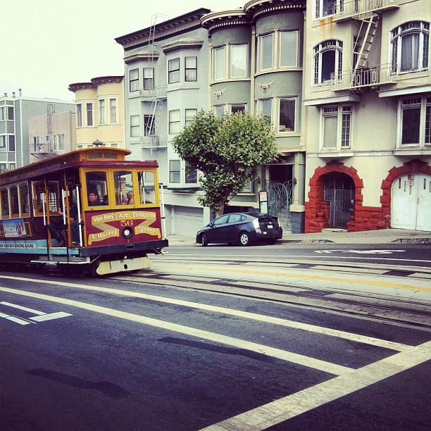 My last cable car commute. Gonna miss this. Next stop: Seattle.