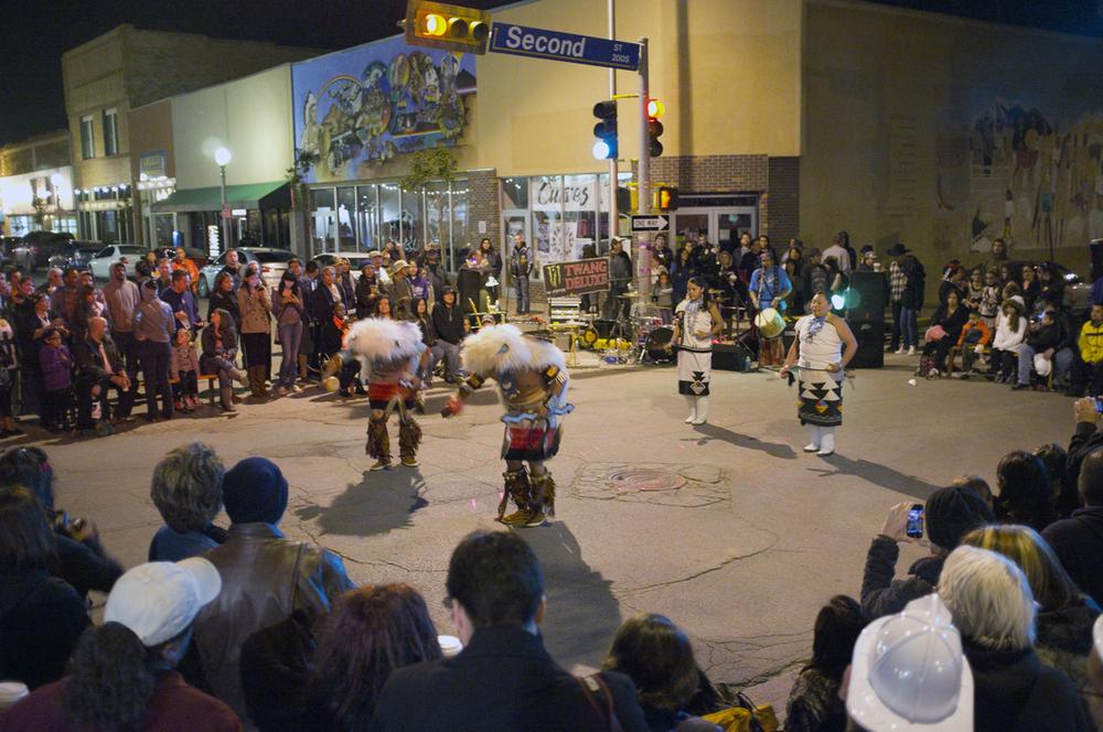 Plenty of action outside, including Zuni dancers.