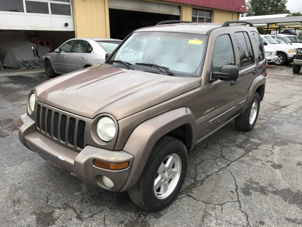 Click to View! Lot 43 - 2002 Jeep Liberty