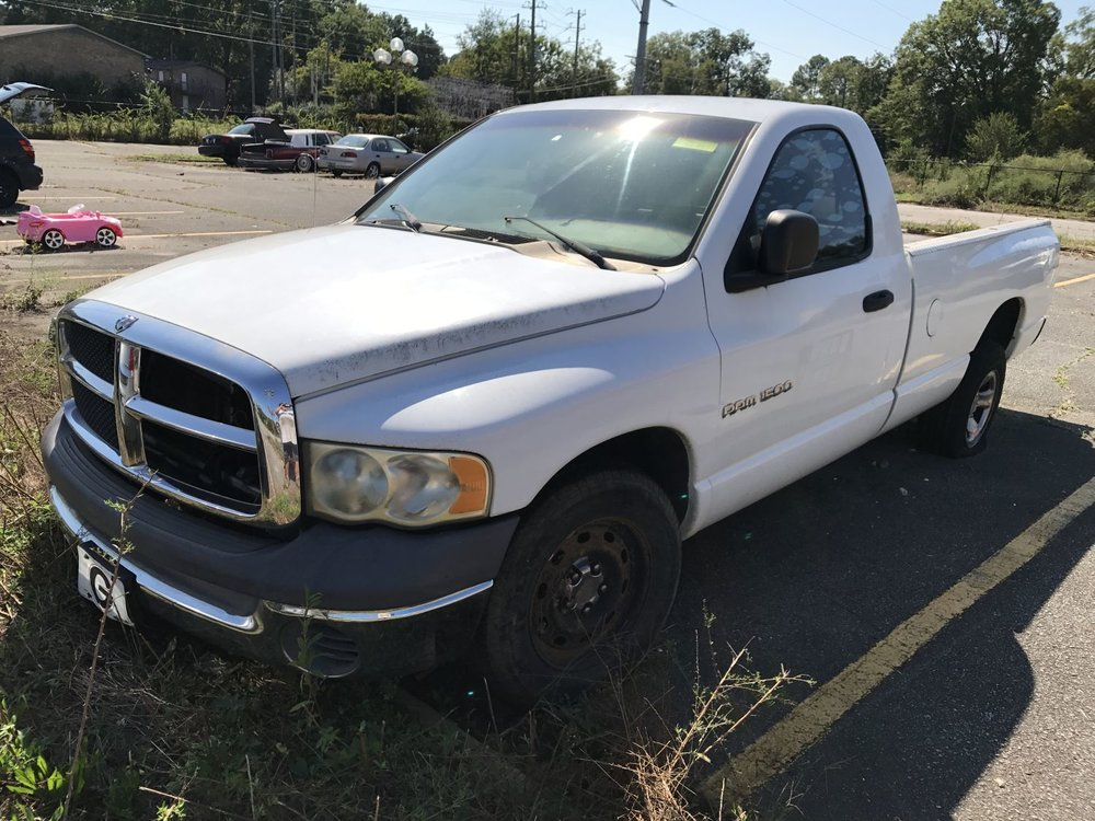 Click to View! Lot 26 - 2002 Dodge Ram Truck