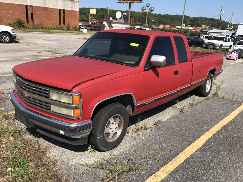 Click to View! Lot 30 - 1990 Chevy GMT-400