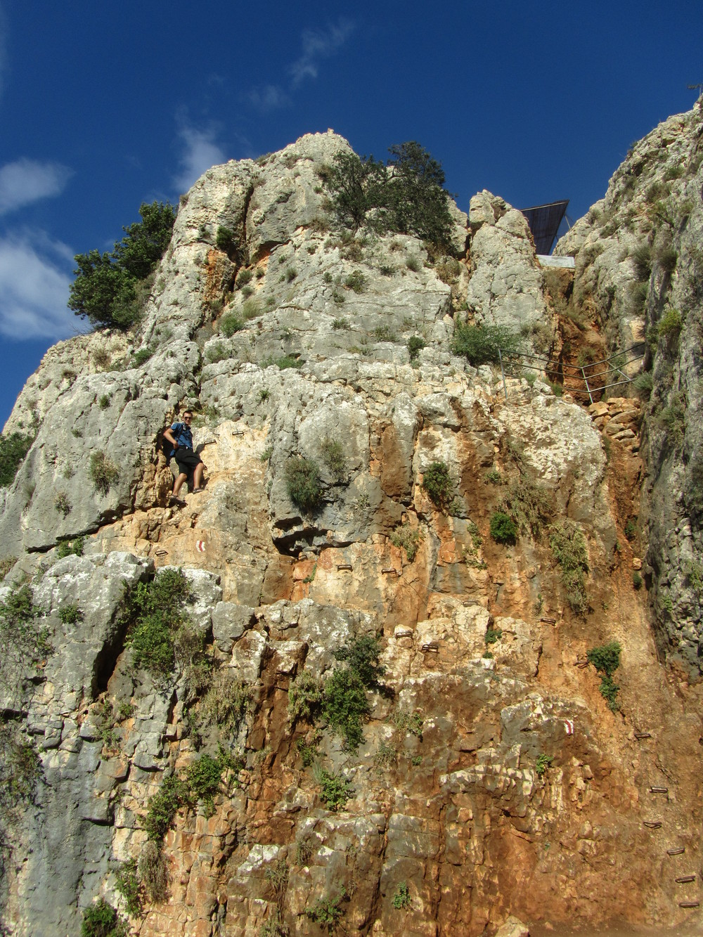 Luke climbing down the Cliffs of Arbel to the ancient caves