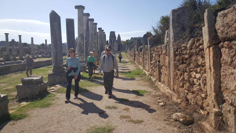 Walking through the colonnaded streets of ancient Perga