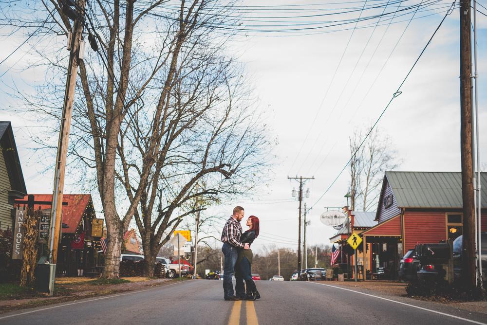 Leipers-Fork-TN-Engagement Photography-15.jpg