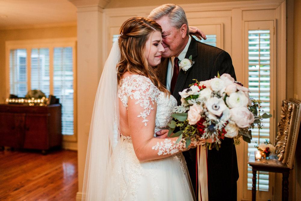Cedarwood-Nashville-Wedding-Photographers 14.jpg