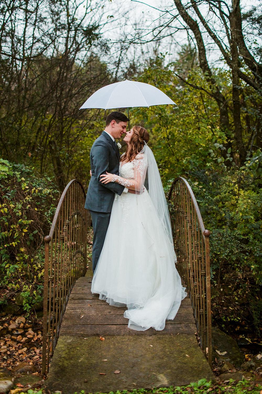 Cedarwood-Nashville-Wedding-Photographers 24.jpg