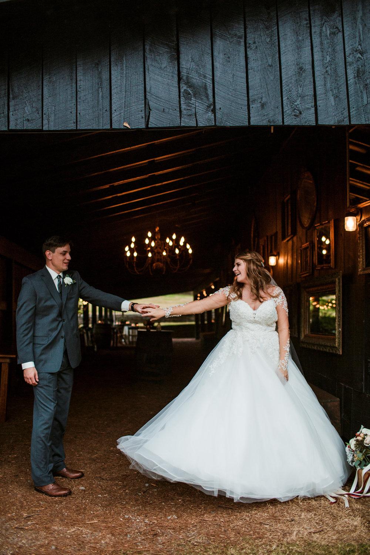 Cedarwood-Nashville-Wedding-Photographers 26.jpg